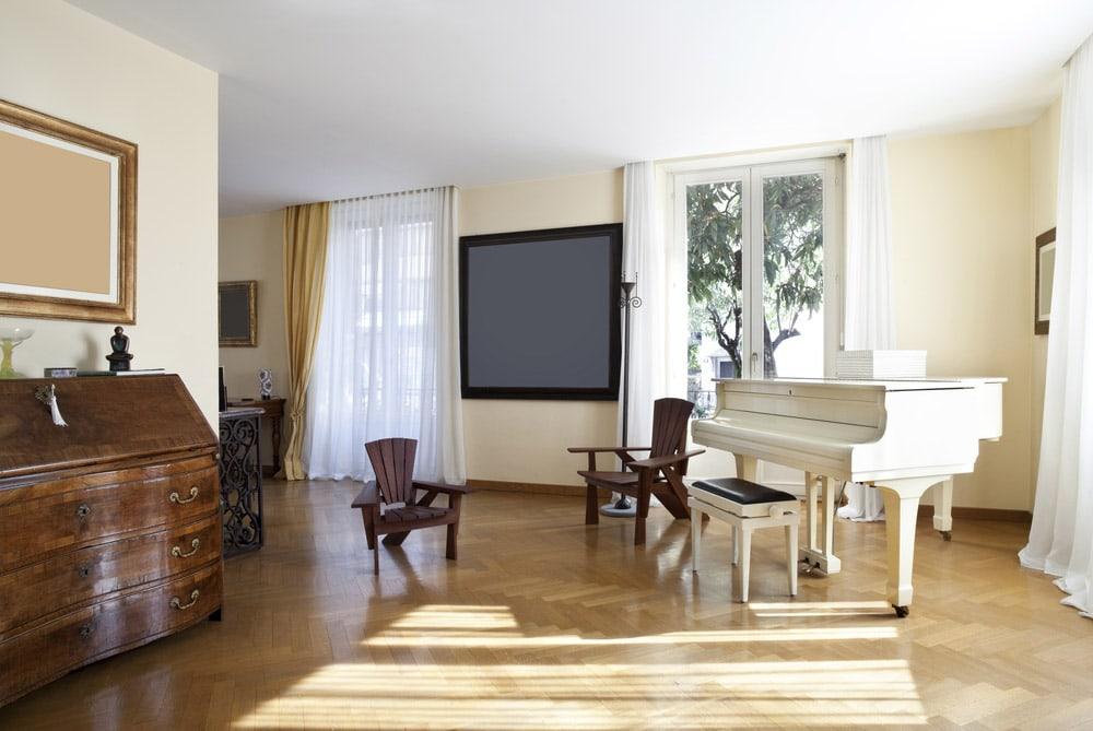 Klavier Werkstatt, Verkauf & Service für Reparaturen in der Schweiz - Klaviertechnik Tobehn