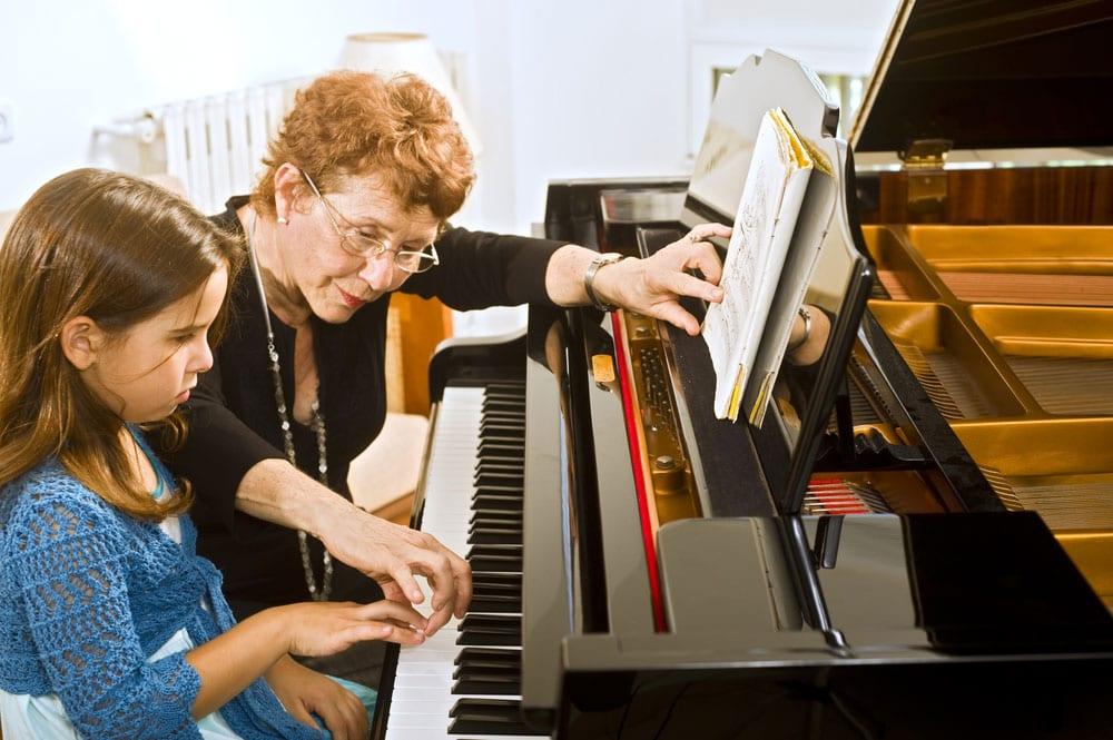 Flügel & Klaviere kaufen, reparieren & mieten in der Schweiz - Klaviertechnik Tobehn