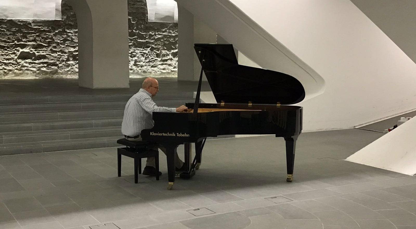 Klavier Reparaturen & Stimmservice in der Schweiz - Klaviertechnik Tobehn